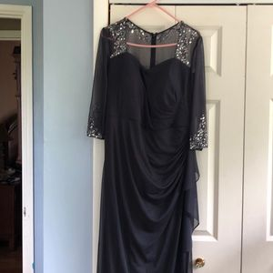 Long dress with beads and jewels